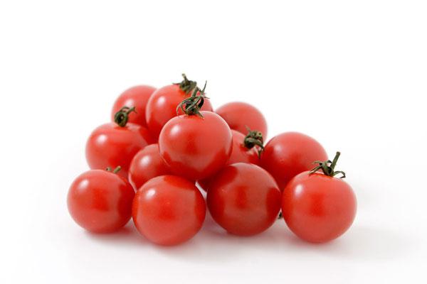 トマトは不味い