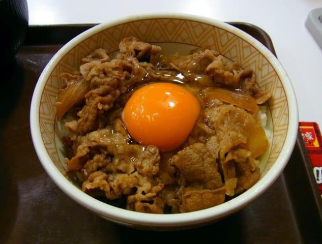 【速報】牛丼チェーン店の一番人気、遂に決まる