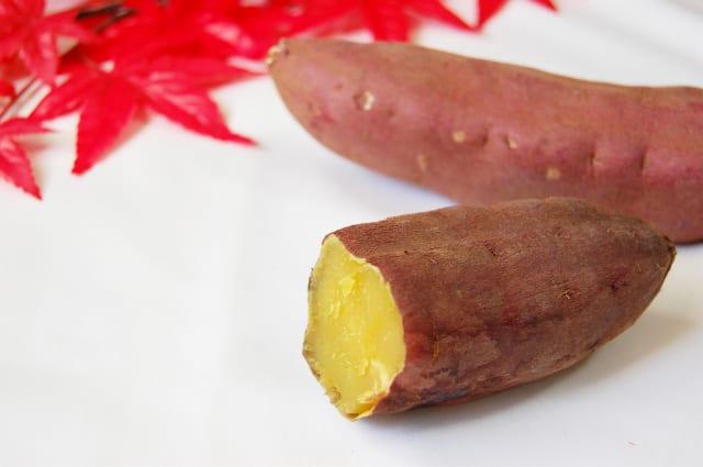 【画像】焼き芋にアイスを載せたスイーツが爆誕 めちゃくちゃ美味そうだぞこれ