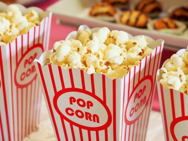 【悲報】映画館、「鬼滅の刃」でも大赤字、飲食禁止で利益の大半占めるポップコーンが売れず倒産危機