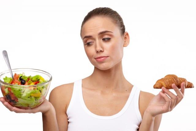 一日三食「太ります。老化速くなります。健康にクソ悪いです。眠気やだるけに襲われます」←コレwww