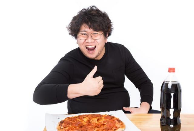 『1日3食500kcalずつダイエット』←辛すぎる  『夕食で1500kcalダイエット』←余裕すぎる