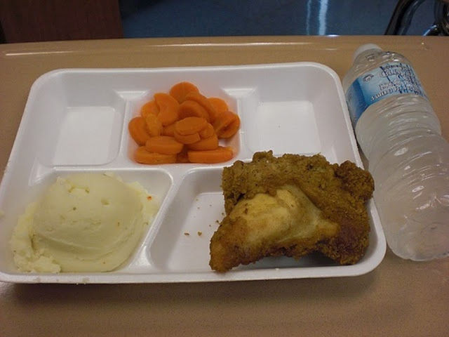 worldly_school_lunches_640_38